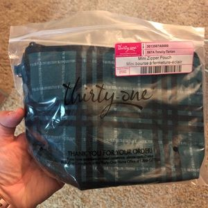 New Thirty One Gifts Mini Zipper Pouch